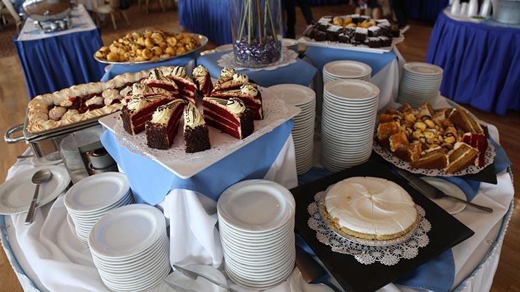 BEL_Sunday Brunch_Officers' Club_dessert.jpg